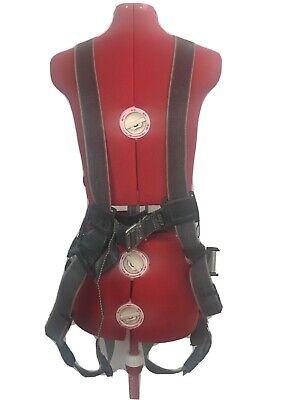 Miller Revolution Arc-rated Class A Safety Harness Rknar-qcubk Honeywell