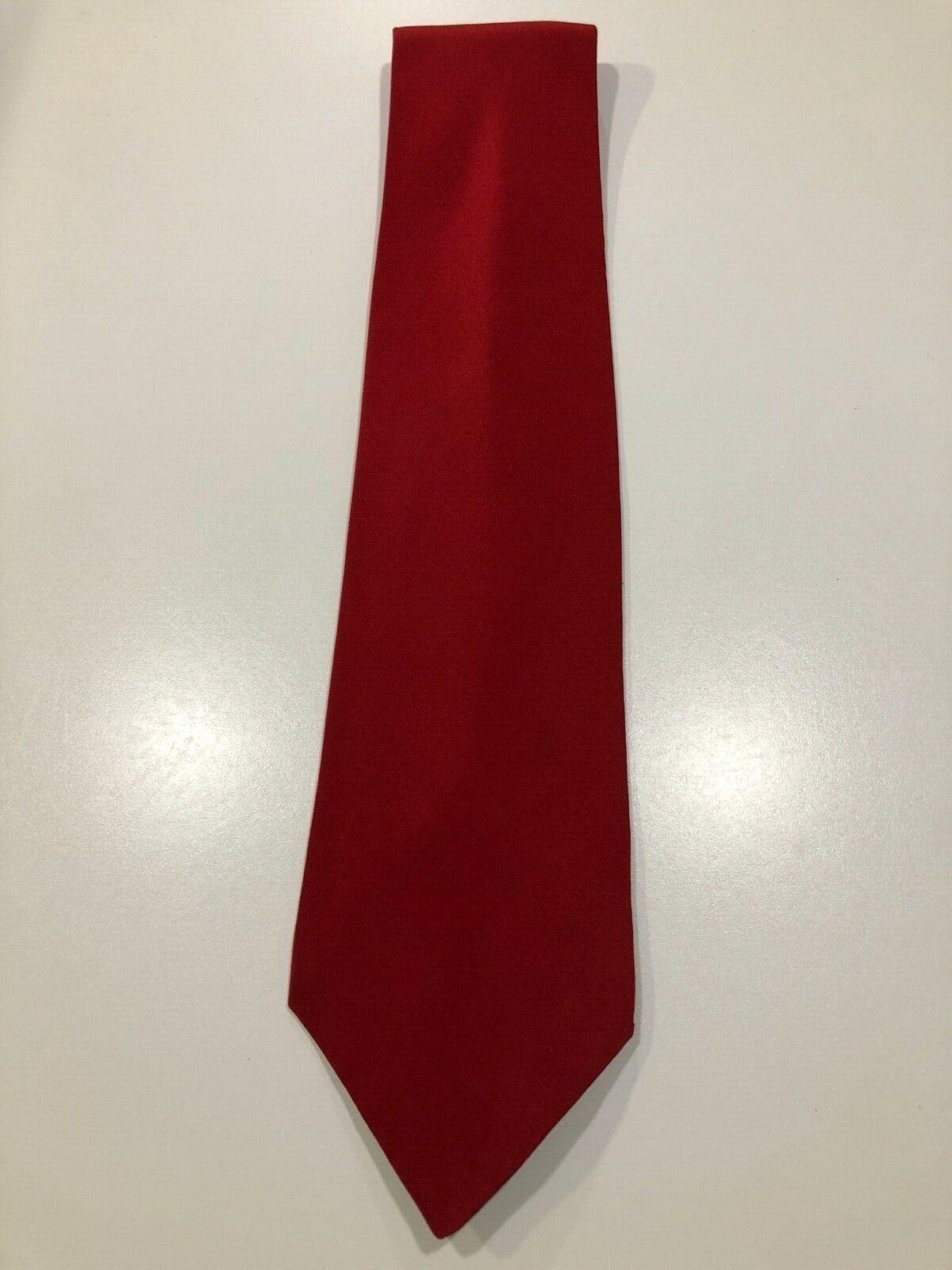*** cravate rouge 100% soie madelios neuve ***