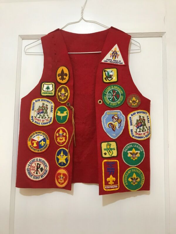 28 boy scouts patches vintage red vest 70s big horn pope paul catholic