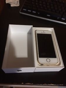 Gold iphone SE for $230
