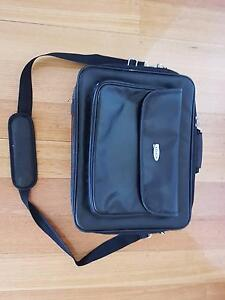 "Belkin 17"" Laptop Case Glen Iris Boroondara Area Preview"