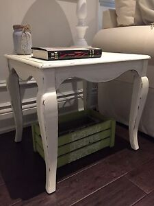 2 Solid Wood  Rustic French Country Shabby Chic End Side Tables