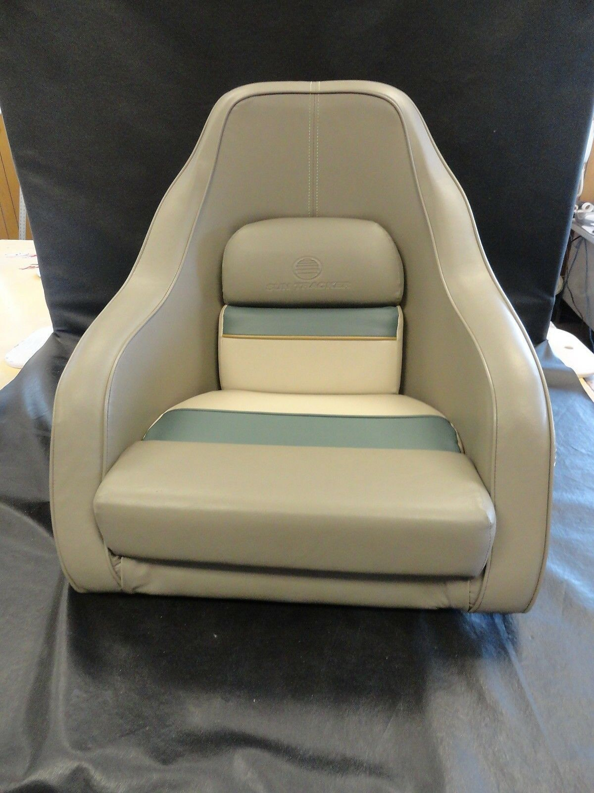 Sun Tracker Beige Brown Green Vinyl Bucket Seat Marine