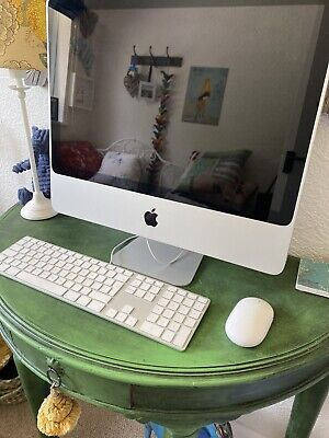 iMac Desktop Computer. Keyboard And Mouse