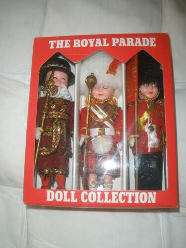 Vintage The Royal Parade British Royal Guards Doll Collection 3 Pc Set Beefeater