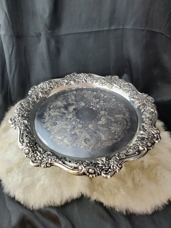 """Wm A. Rogers Sectional Oneida Silverplate pedestal cake plate tray stand 14.5"""""""