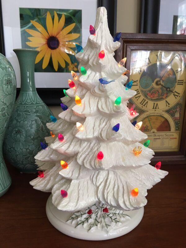 "VINTAGE 16"" IRIDESCENT WHITE CERAMIC CHRISTMAS TREE W/Bulbs & BIRDS Beautiful!"