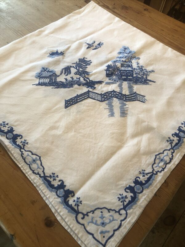 Vintage White Linen Hand Embroidered Blue Willow Tablecloth 120cm Sq