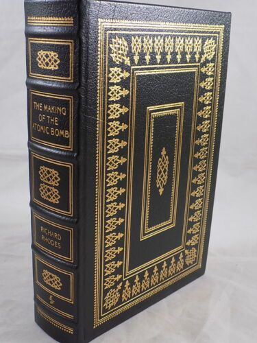 THE EASTON PRESS THE MAKING OF THE ATOMIC BOMB by Richard Rhodes Like New