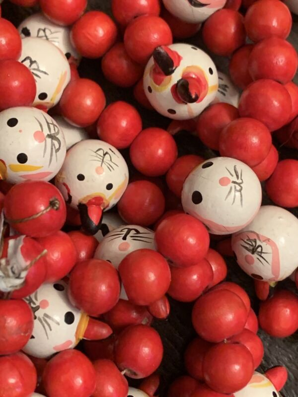 VINTAGE CHRISTMAS KITTEN CAT HEADS WOODEN BEAD TREE GARLAND RED WHITE 8FT LOT 5