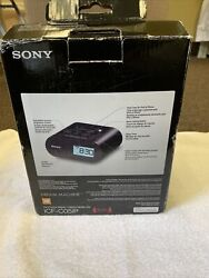 Sony iPhone iPod Speaker Dock ICF-CO5iP with Alarm Clock and FM Radio 30 pin