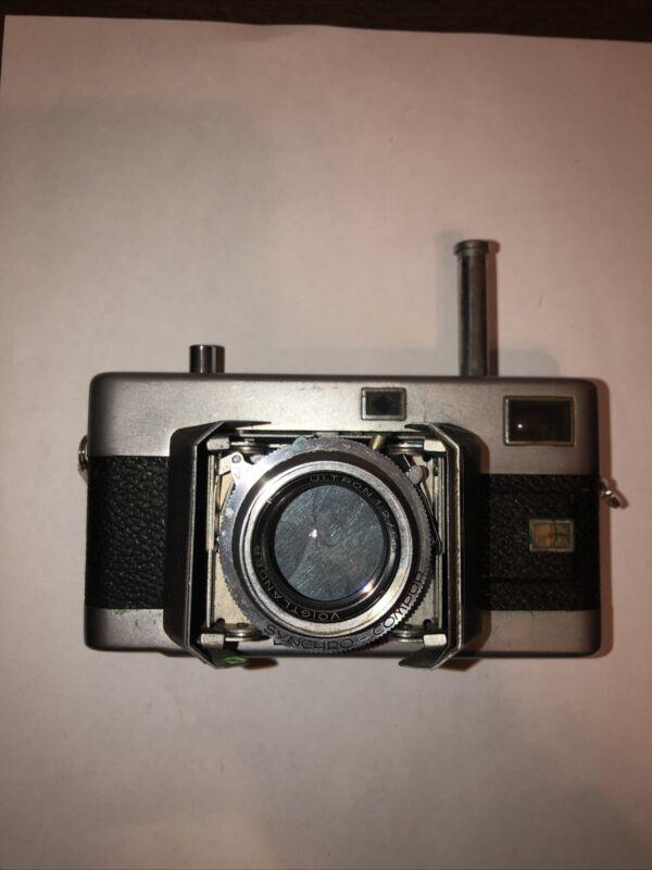 Voigtlander Vitessa Rengefinder Camera With Ultron 1:2 / 50 Lens
