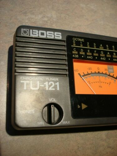 BOSS TU-121 CHROMATIC TUNER very desirable discontinued model, rare vintage