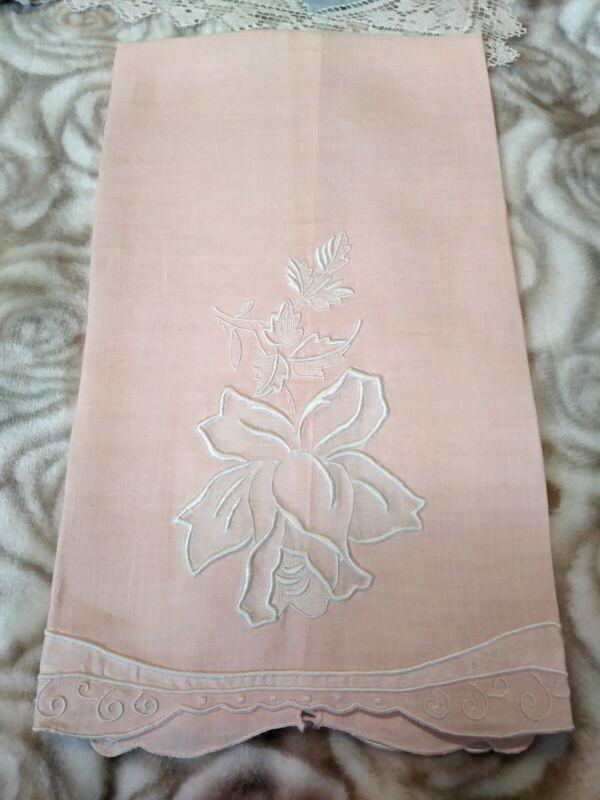"""Beautiful Madeira Embroiderd & Applique Peach Linen Hand Towel 21 x 13"""""""