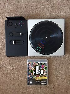 DJ HERO TURNTABLE BUNDLE LIKE NEW!!