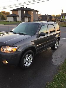 Ford escape 2005 4WD