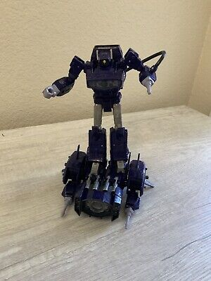 Shockwave Transformers Seige of Cybertron Leader Class Figure