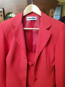 ROOM TWO RED SUIT. SZ 8-10. LIKE NEW! MADE IN AUSTRALIA.