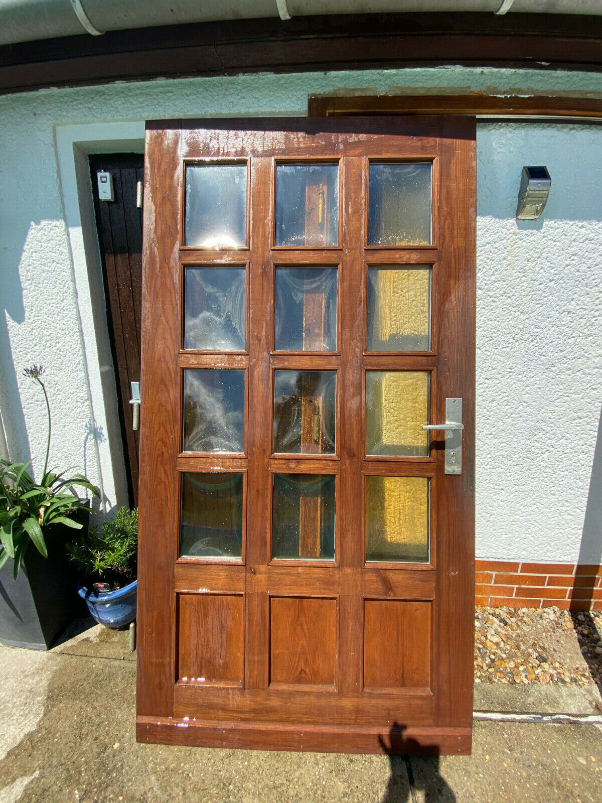 Haustür massiv Holz mit Zarge inkl. Griffgarnitur, gebraucht, sehr guter Zustand