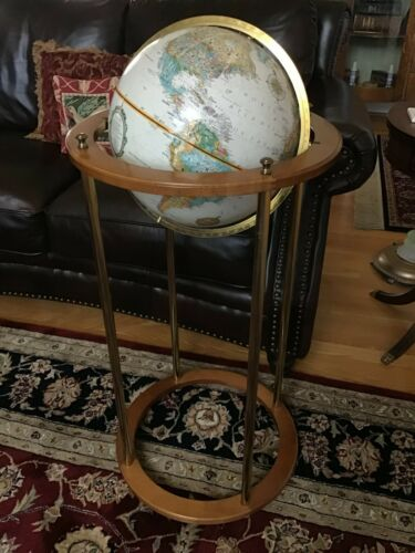 """World Classic Series"" Replogle Globe & Stand"