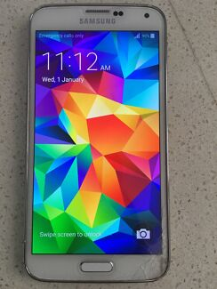 Samsung Galaxy s5 and SD  Mount Gravatt Brisbane South East Preview