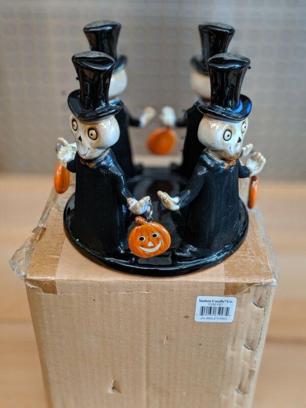2008 Boney Bunch Linked Arms Skeleton Pumpkin Halloween Yankee Candle Jar Holder
