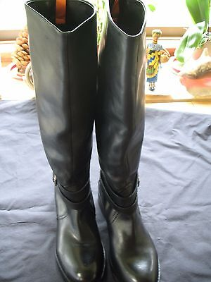 New  Women's Black Leather Tall Riding Boots Size 8 NEW !!