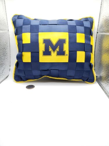 UofM UNIVERSITY of MICHIGAN - TOOTH FAIRY PILLOW find tooth in bed - Child Gift