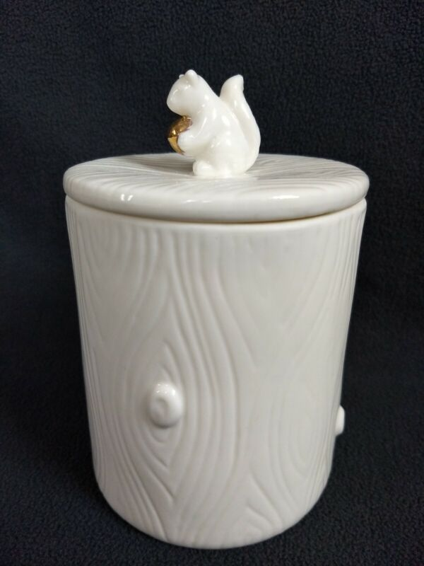 White Wood Grain Decorative Ceramic Storage Canister Squirrel With Gold Nut