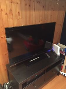 télévision acl samsunf 40 pouces