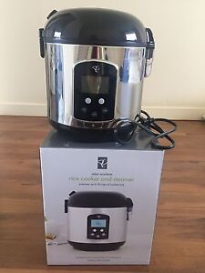 Rice Cooker and Steamer - brand new