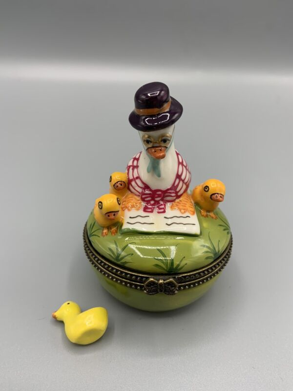 Vintage D.N. & E.I. Mother Goose Trinket or Ring Box with Baby Chick