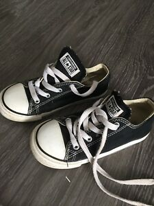 Little boys Converse