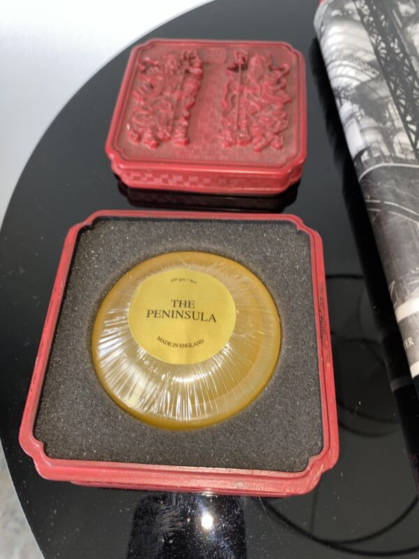 The Peninsula Hong Kong Cinnabar Asian Red Trinket with Soap Never USED RARE !