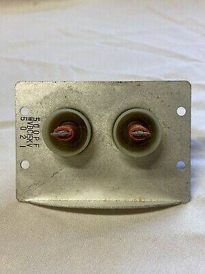 Nos Pair Of Hv Feedthrough Capacitors In Panel 500pf 15kv 5021