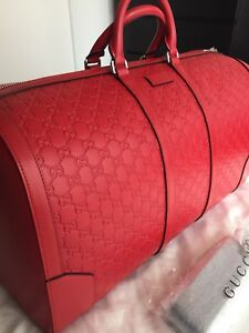Gucci Duffle Bag red BRAND NEW never used!