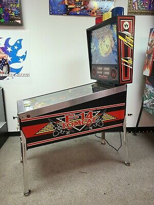 F 14 pinball machine