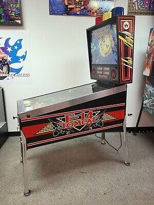 F 14 pinball machine