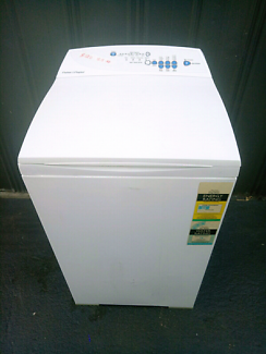 5.5kg Fisher and Paykel top loader