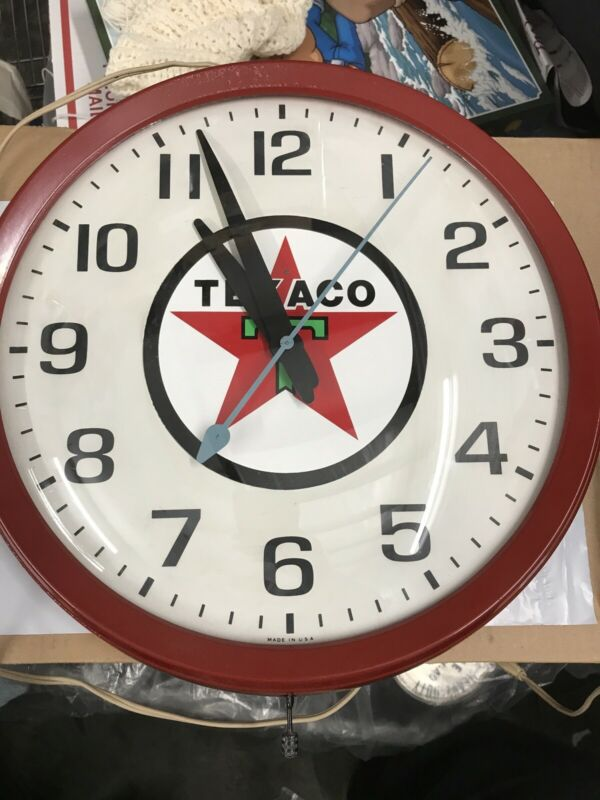 VINTAGE GE OLD RED TEXACO ADVERTISING GAS STATION DISPLAY WALL CLOCK SIGN WORKS!