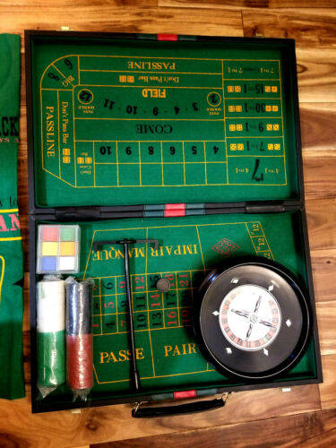 Vintage Casino Gambling Portable Briefcase Game Set,Roulette,Craps,21,Baccarat+