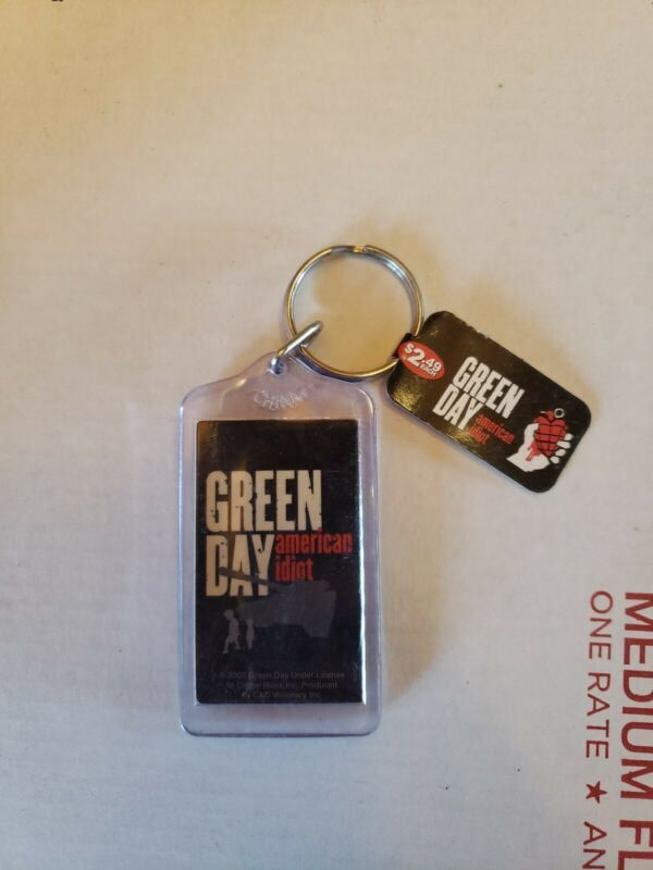 GREEN DAY KEYCHAIN 2005 AMERICAN IDIOT VINTAGE!!