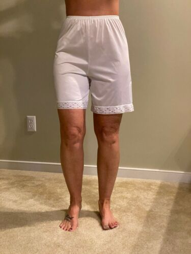 "VTG Vanity Fair White Pettipants Soft Soft Silky Nylon Vintage  Size S 18"""