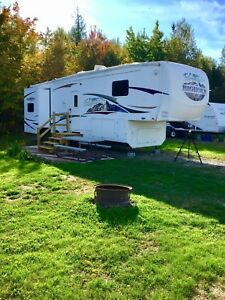2008 Bighorn 5th Wheel