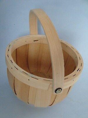 "Vintage Chinese 6.5"" sewing basket"
