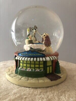 """Disney Lady and the Tramp Snow Globe """"Bella Notte"""""""
