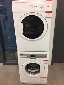 Set of 24 inch washer and dryer brand new Bloomberg