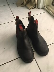 Working safety boots size 10  44  steel cap Tanah Merah Logan Area Preview