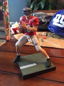 Eli Manning Ole Miss figurine