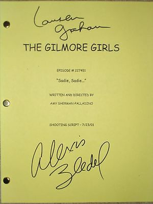 The Gilmore Girls Signed TV Script Lauren Graham Alexis Bledel reprint PERFECT